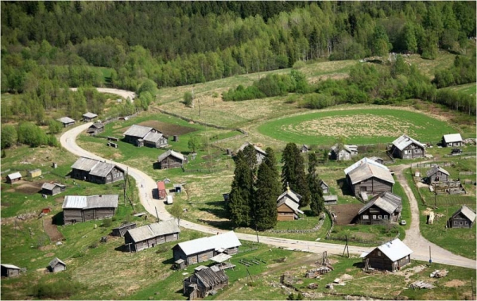 Старинная деревня Кинерма.jpg