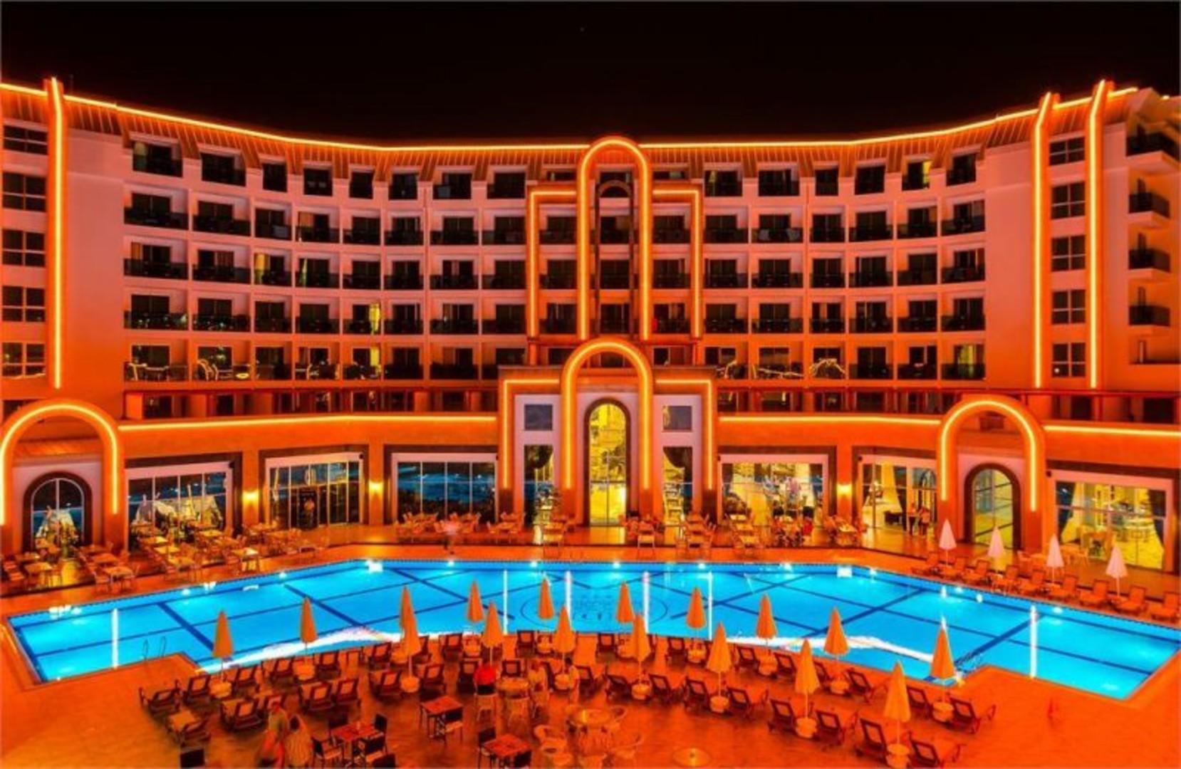 the-lumos-deluxe-resort-hotel-spa-203.jpg