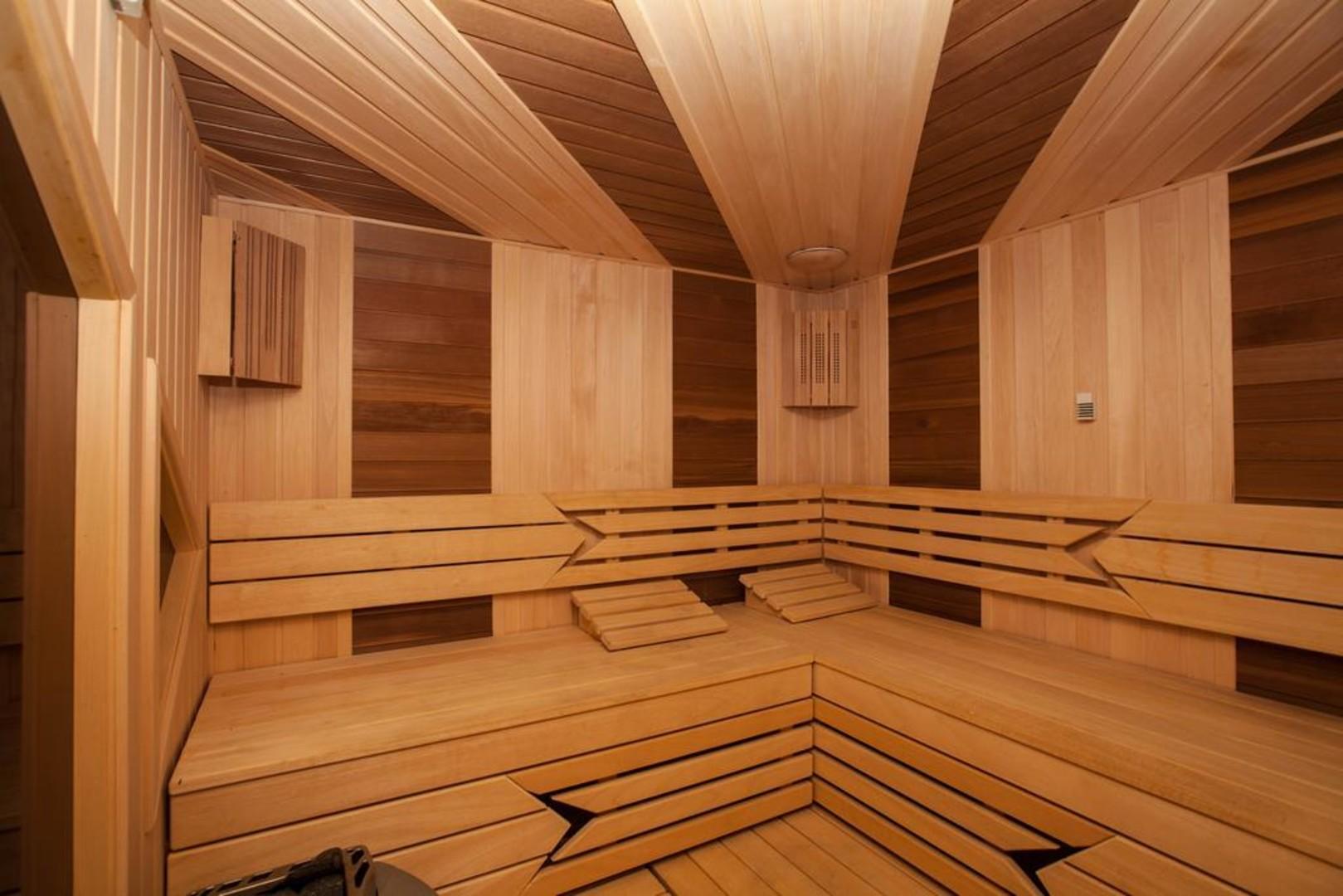 sauna-02.jpg