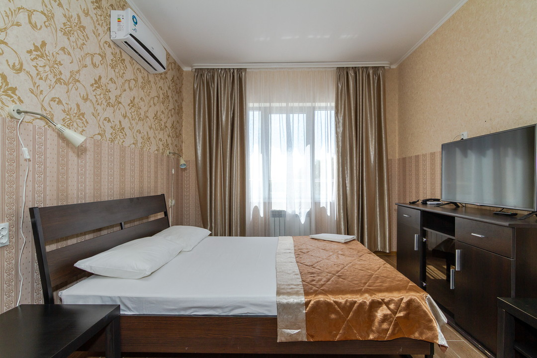 2-х спальная кровать вид слева.JPG