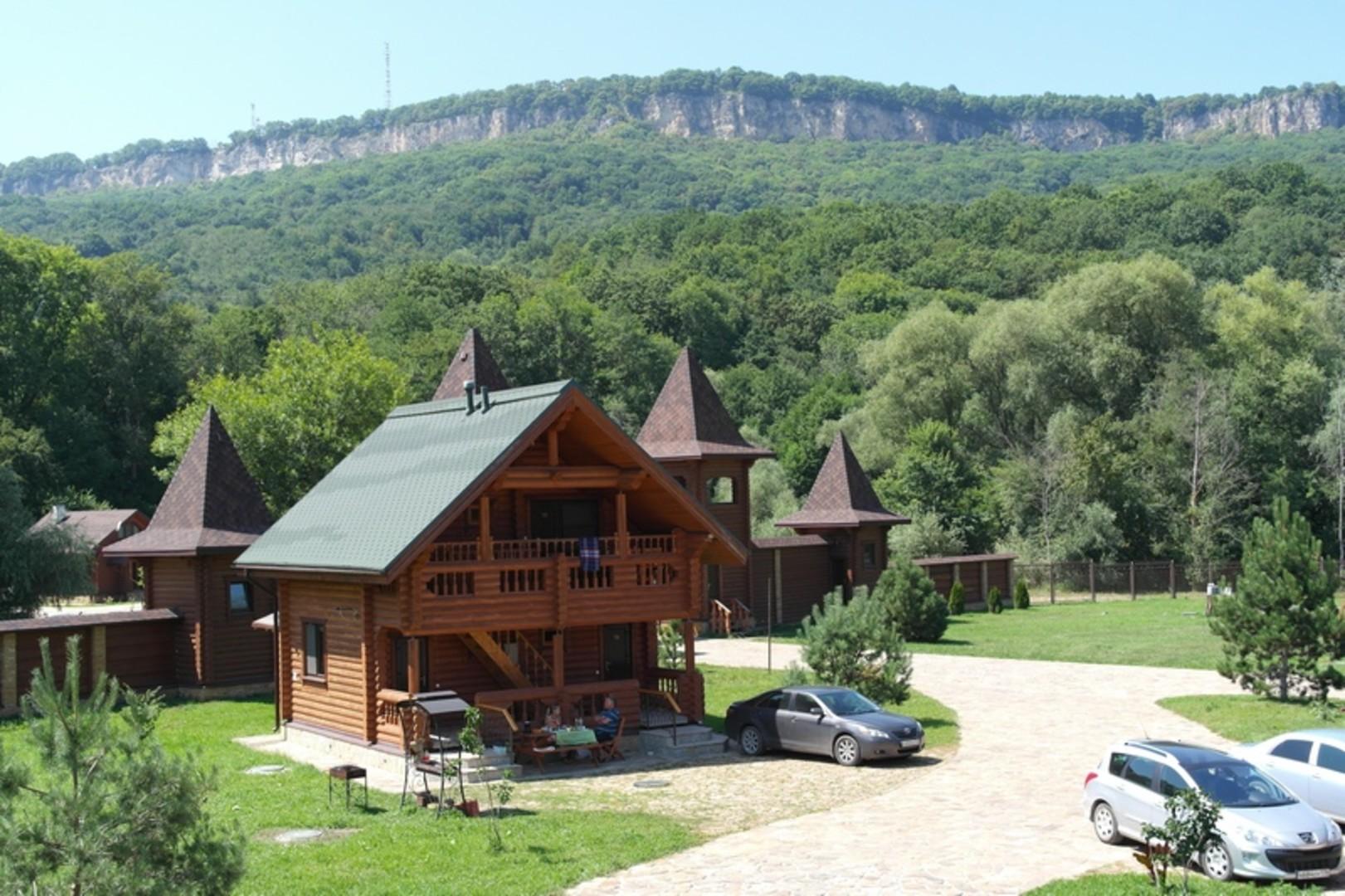 turbaza-belaja-reka-dahovskaja-dom1-jpg.jpg