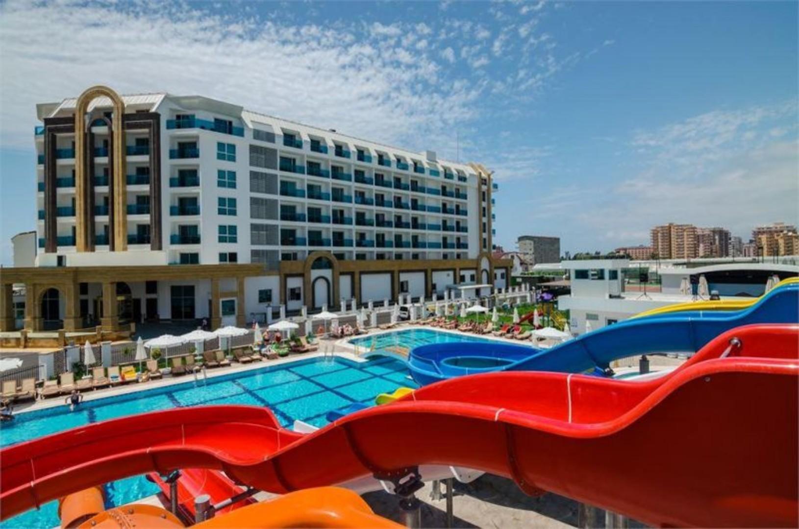 the-lumos-deluxe-resort-hotel-spa-206.jpg