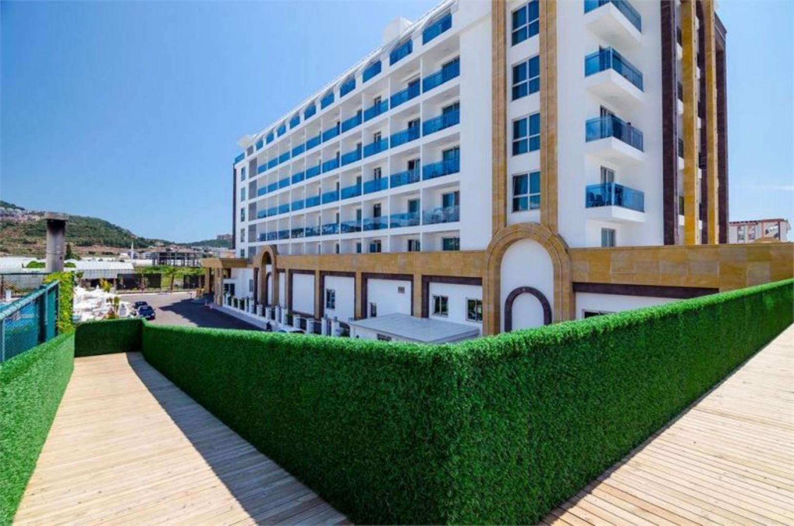 the-lumos-deluxe-resort-hotel-spa-209.jpg
