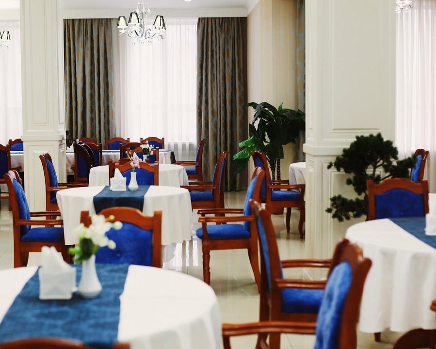 King_Hotel2.jpg