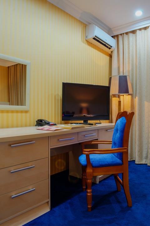 King_Hotel_bisnes-2hmest1.jpg