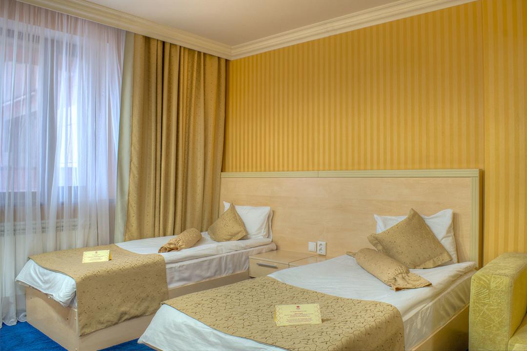 King_Hotel_bisnes-2hmest.jpg