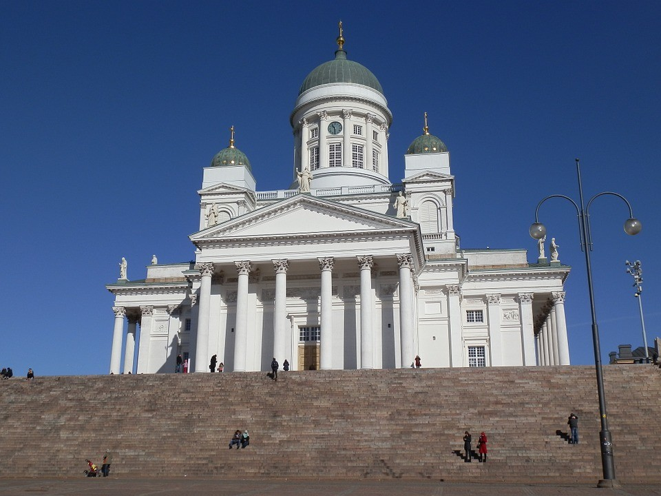 cathedral-688177_960_720.jpg