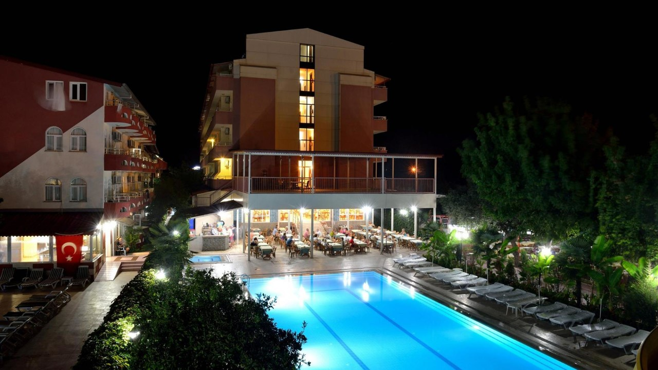 Grand_Hotel_Derin1.jpg