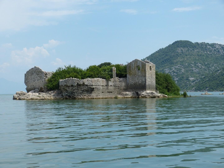 montenegro-824554_960_720.jpg