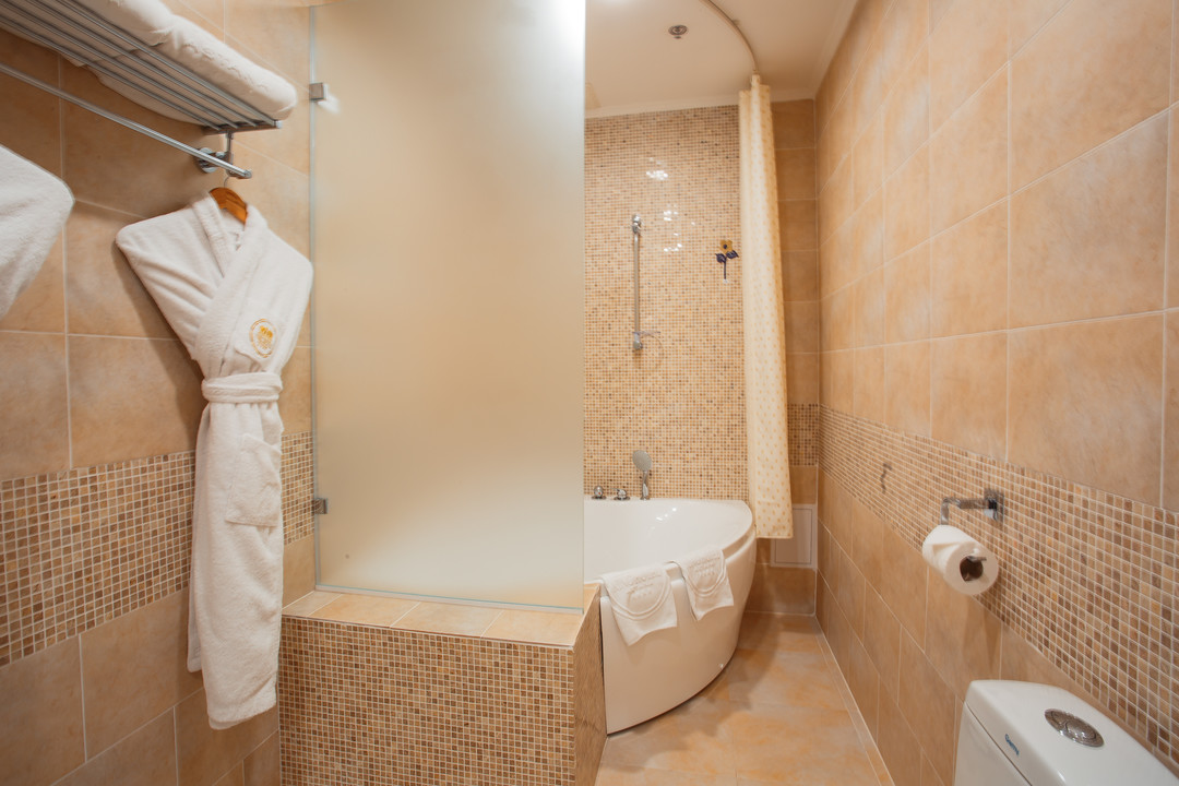 King_Hotel_lux3.jpg