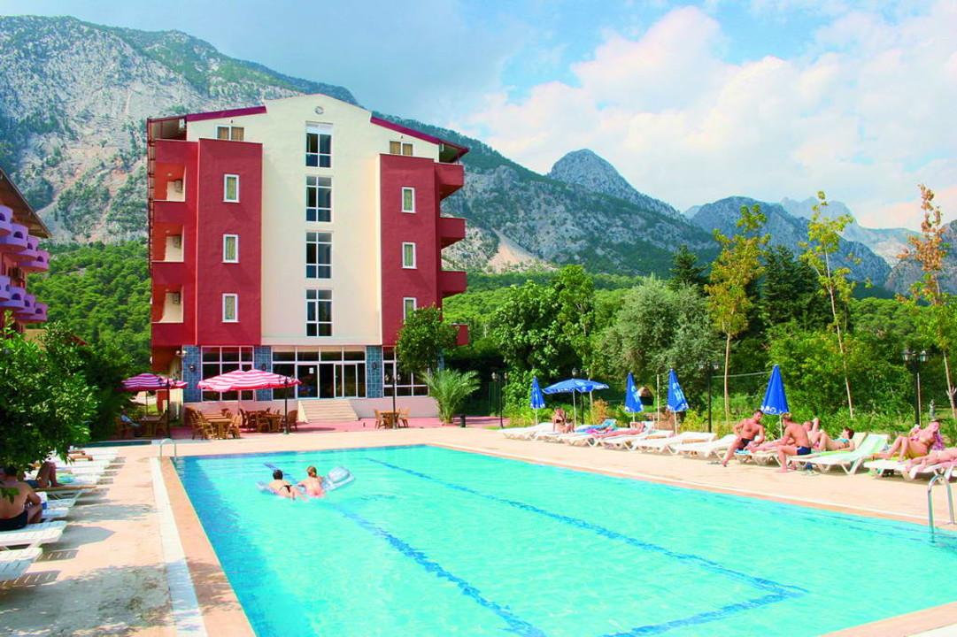 Grand_Hotel_Derin4.jpg