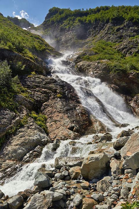 321-gorny-lager-v-severnoy-osetii-vodopady-taimazi.jpg