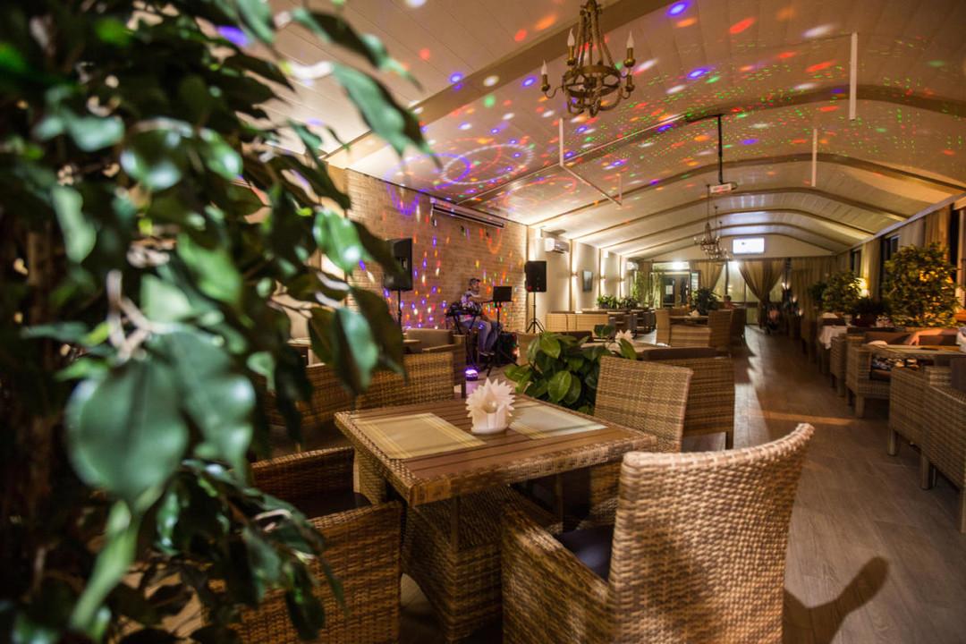 Prestige_restoran5.jpg