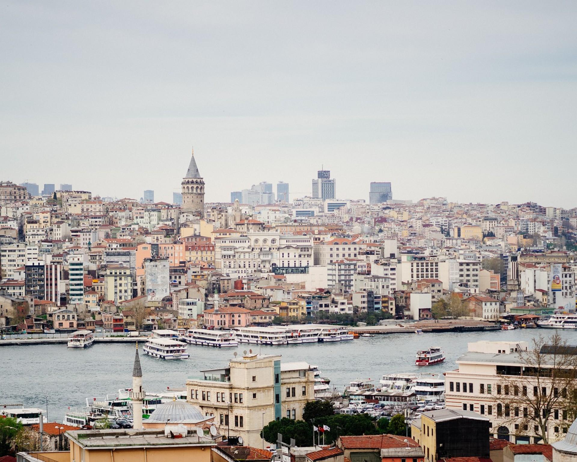 istanbul-4307665_1280.jpg